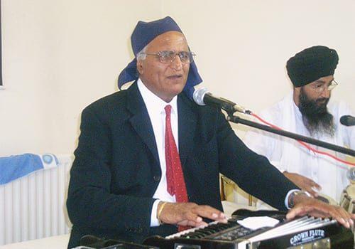 Gurudwara-singing-Rahi-Bains-Birmingham