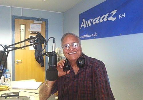 Rahi Bains Presenting my radio show Kinare Kinare at Awaazfm Southampton